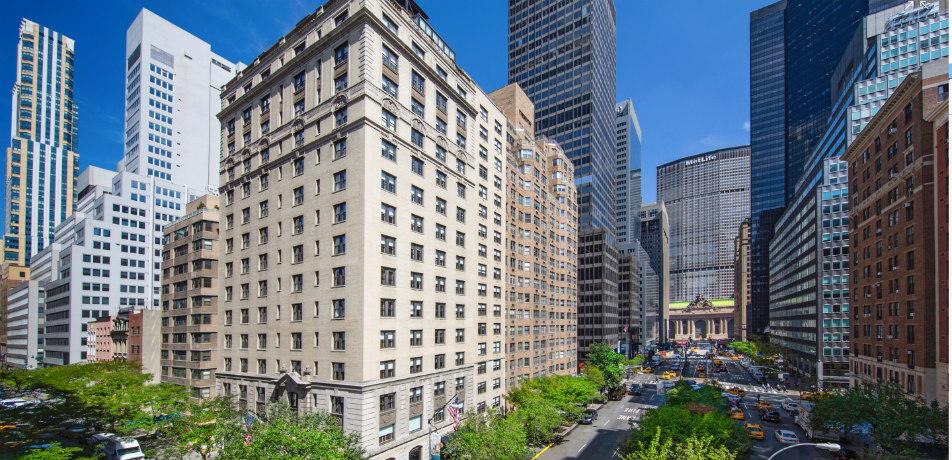 70 Park Avenue - exterior