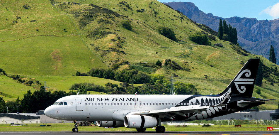 Air New Zealand airplane