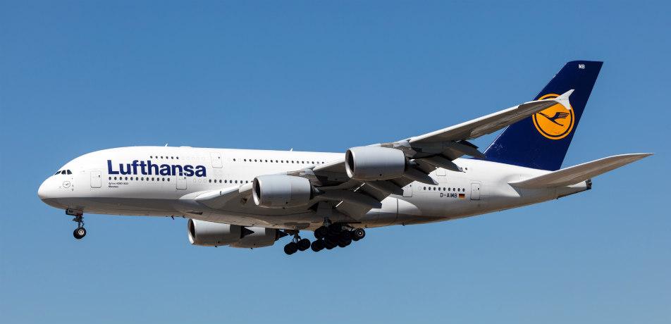 Lufhansa airplane
