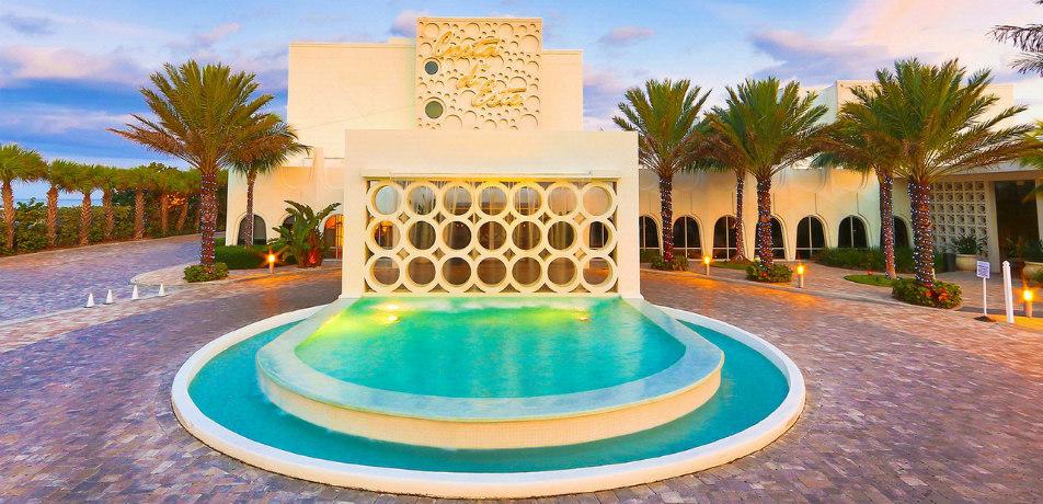 Costa D'Este Resort