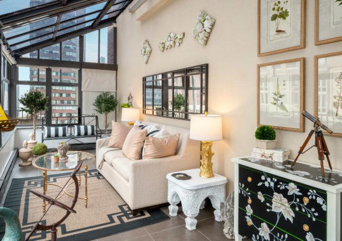 The Lexington Hotel's Conservatory Suite