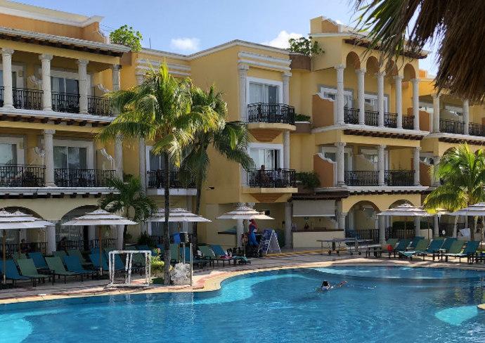 Pool at Panama Jack Playa del Carmen