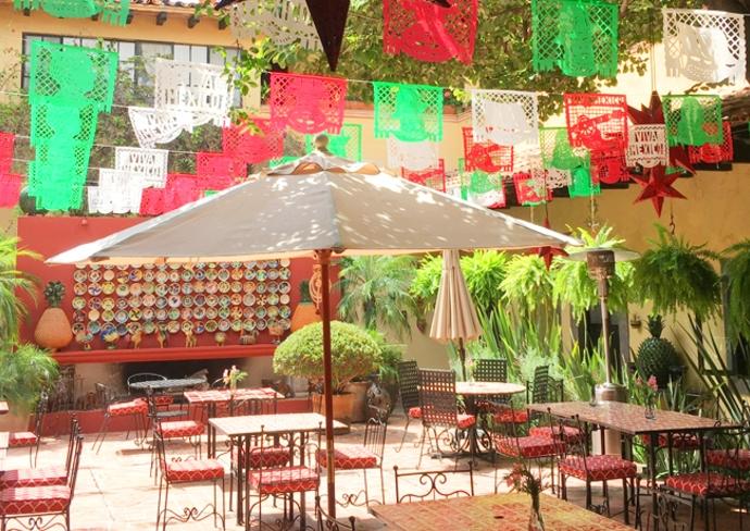 Hacienda El Santuario, courtyard
