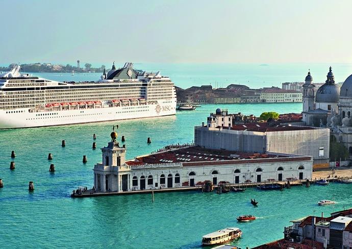 MSC Musica in Venice