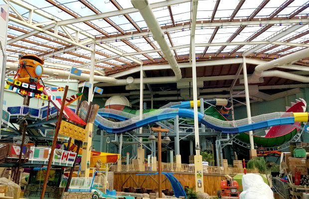Dive In: Splashtastic Indoor Waterparks in the | ShermansTravel