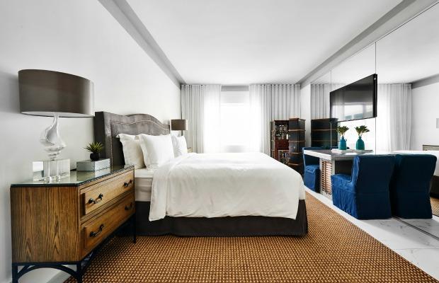 Nautilus guestroom