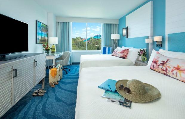 Guestroom at Loews Sapphire Falls Resort