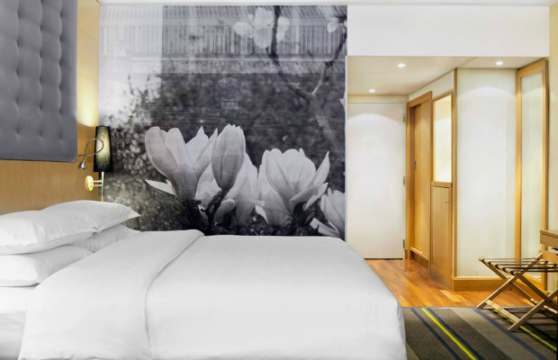Starwood Hotel & Resorts