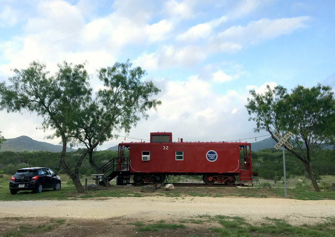 The Caboose at Rimkus River Retreat