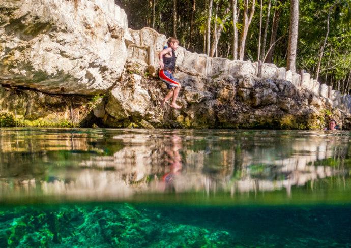 Cenote in Cancun