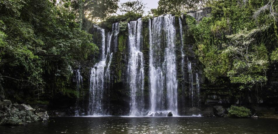 Llanos del Cortez waterfall, Costa Rica